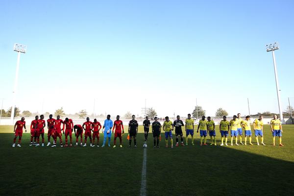 CARTAYA , Spanje , 08-01-2015, trainingskamp SC Cambuur , seizoen 2014-2015 , SC Cambuur - Ghana , de line-up van Ghana en Cambuur foto: Henk Jan Dijks